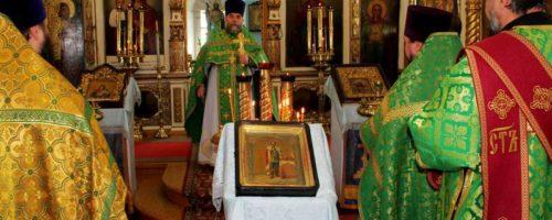 В Орле почтили память святого Александра Невского